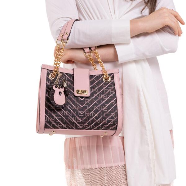0304600E 004 34 600x600 - Woo-Hoot Golden Chain Shoulder Bag