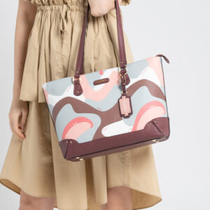0304819G 007 14 300x300 - Posh in Pink Chain Link Shoulder Bag