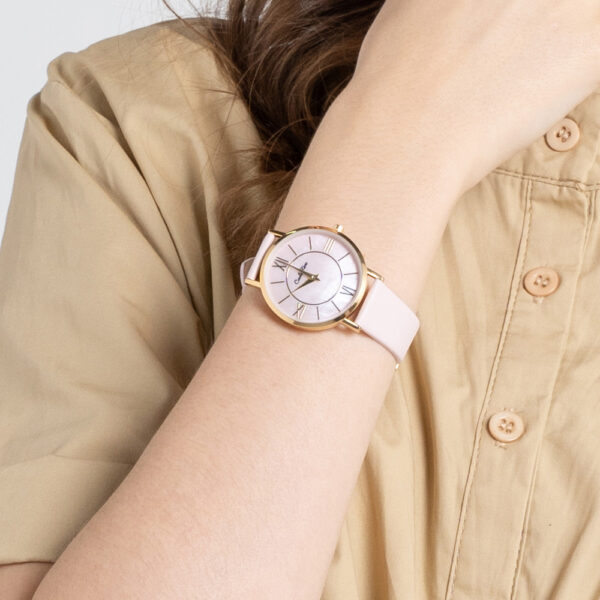 A93301 G006 34 - Roman Indulgence Leather Strap Timepiece