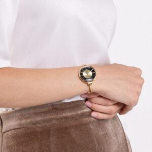 A93301 G014 02 300x300 - A Meshy Business Mesh Band Timepiece