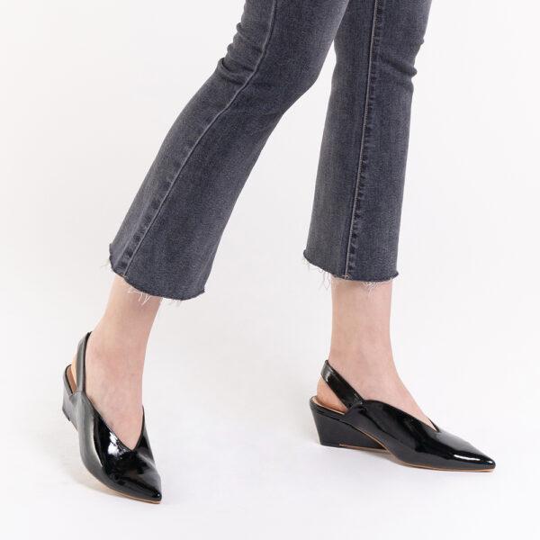 "33310 J005 08 - 2"" Glossy Sandy Slingback Heels"