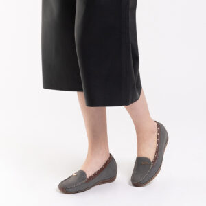 """33330 J006 18 300x300 - 1"""" At Ease Heeled Loafers"""