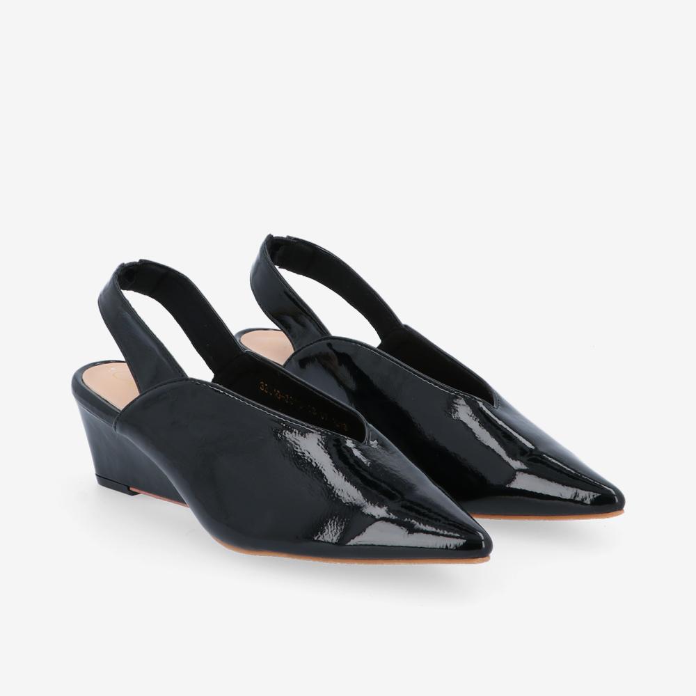 "carlorino shoe 33310 J005 08 1 - 2"" Glossy Sandy Slingback Heels"