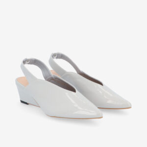 "carlorino shoe 33310 J005 28 1 - 2"" Glossy Sandy Slingback Heels"