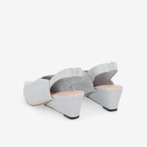 "carlorino shoe 33310 J005 28 4 - 2"" Glossy Sandy Slingback Heels"