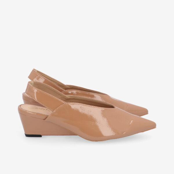 "carlorino shoe 33310 J005 31 2 - 2"" Glossy Sandy Slingback Heels"