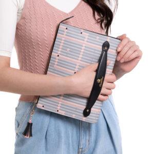 Miss Snowball Clutch Bag