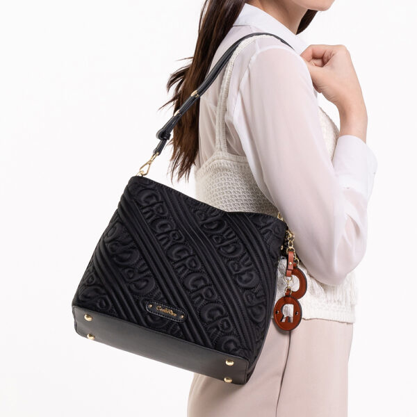 0305135J 003 08 - Dangerously Black Shoulder Bag
