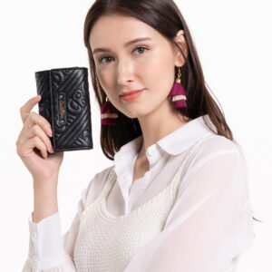 0305135J 501 08 300x300 - Dangerously Black Top Handle