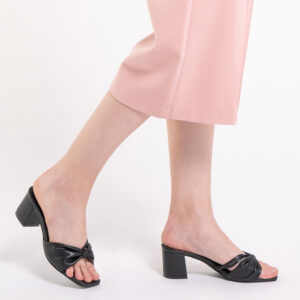 "33340 J008 08 2 - 2 1/2"" Cotton Candy Bow Slip On"