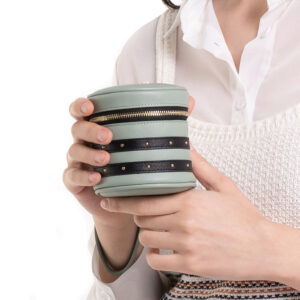 That's So Chic! Cylinder Wrislet