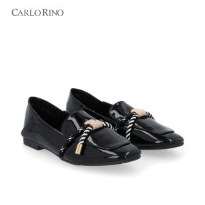 Well Prep in Preppy Glossy Loafers