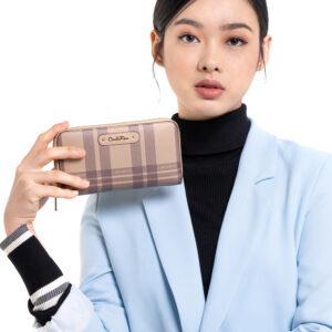 Tartan Is Stylish Zip Around Wallet